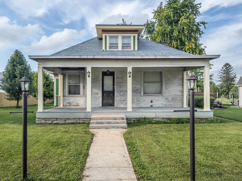 262 W Walnut Street Property Photo