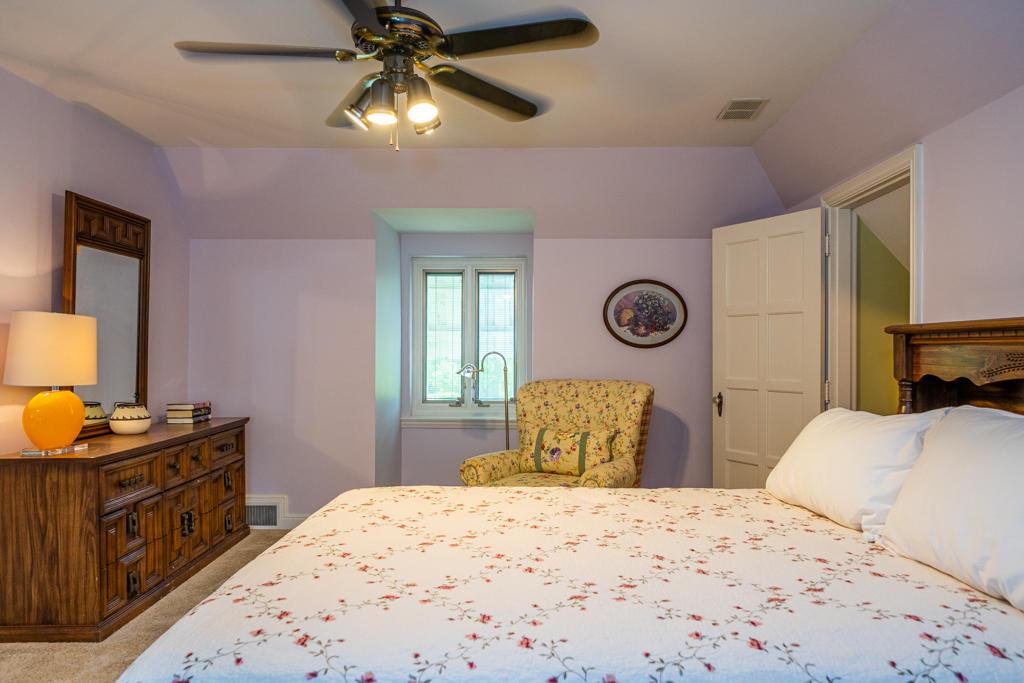 4640 Fishburg Road Property Photo 6