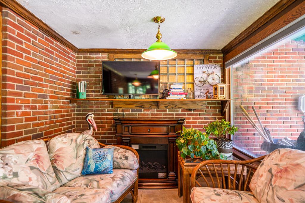 4640 Fishburg Road Property Photo 45