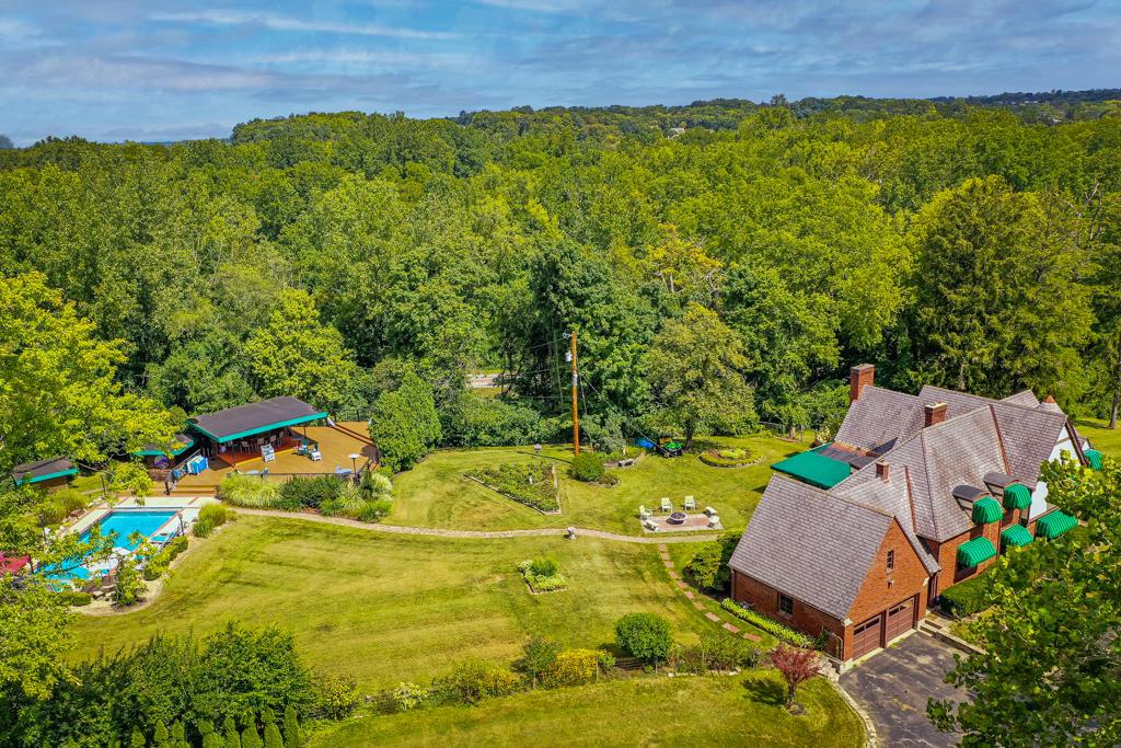 4640 Fishburg Road Property Photo 82