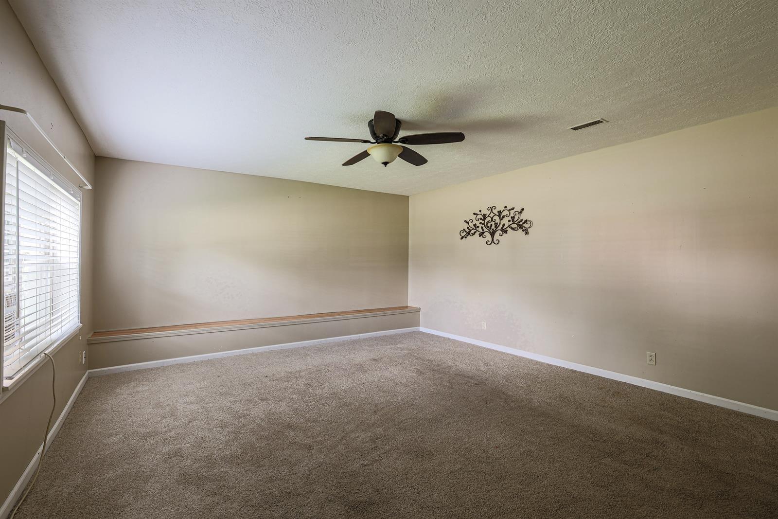 204 Sceva Avenue Property Photo 4