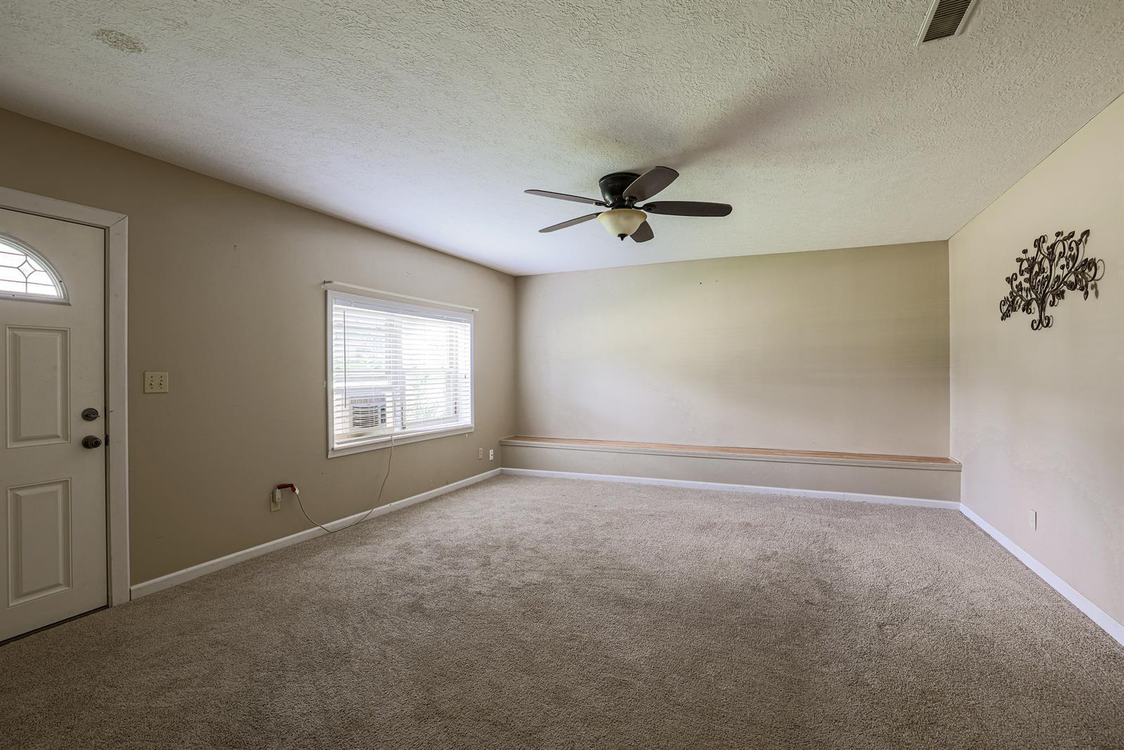 204 Sceva Avenue Property Photo 5