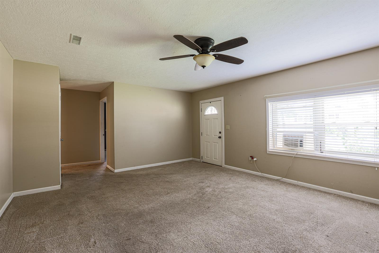 204 Sceva Avenue Property Photo 6