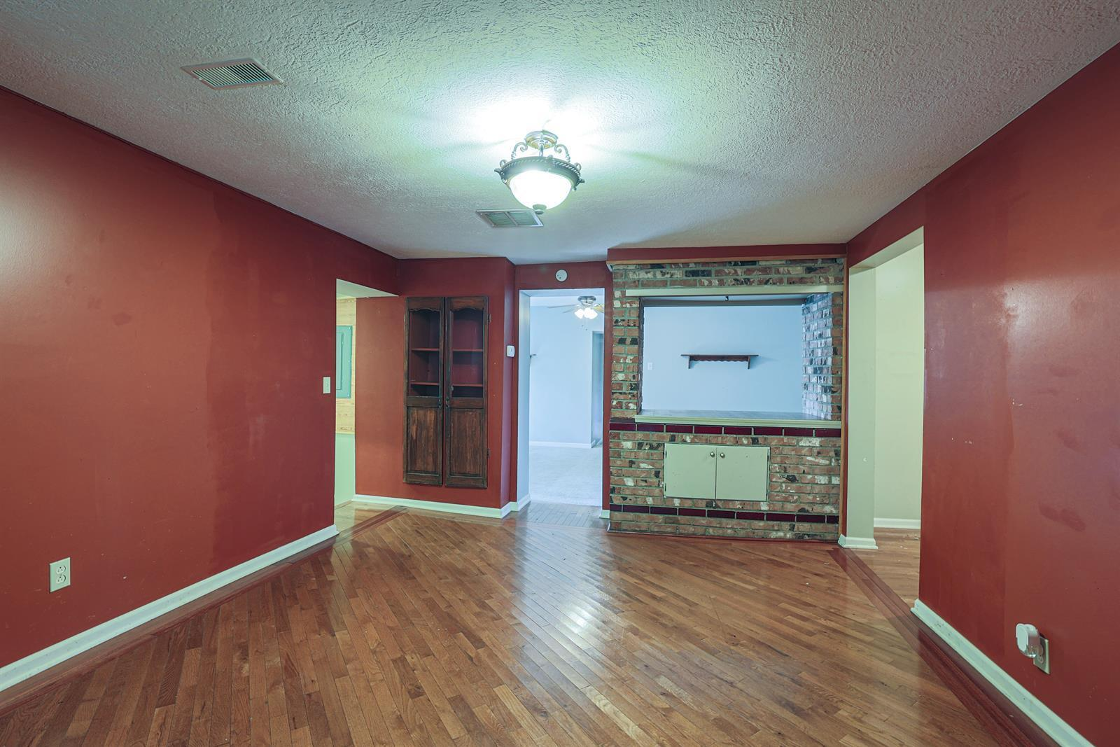 204 Sceva Avenue Property Photo 7