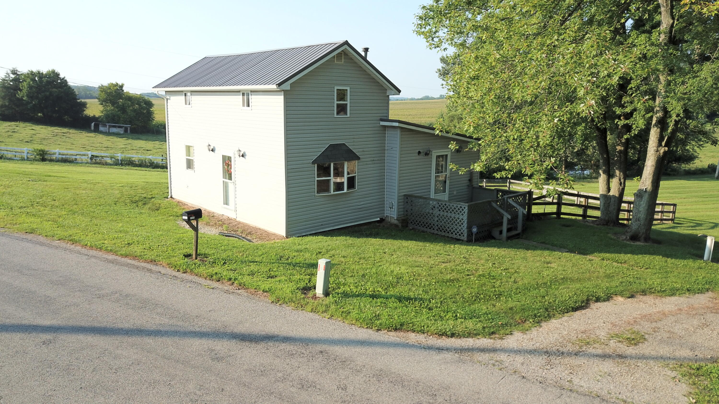 11275 Knoxville Road Property Photo