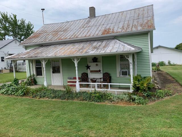 10422 Columbus Street Property Photo