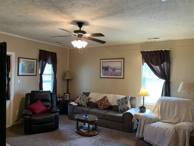 10422 Columbus Street Property Photo 9