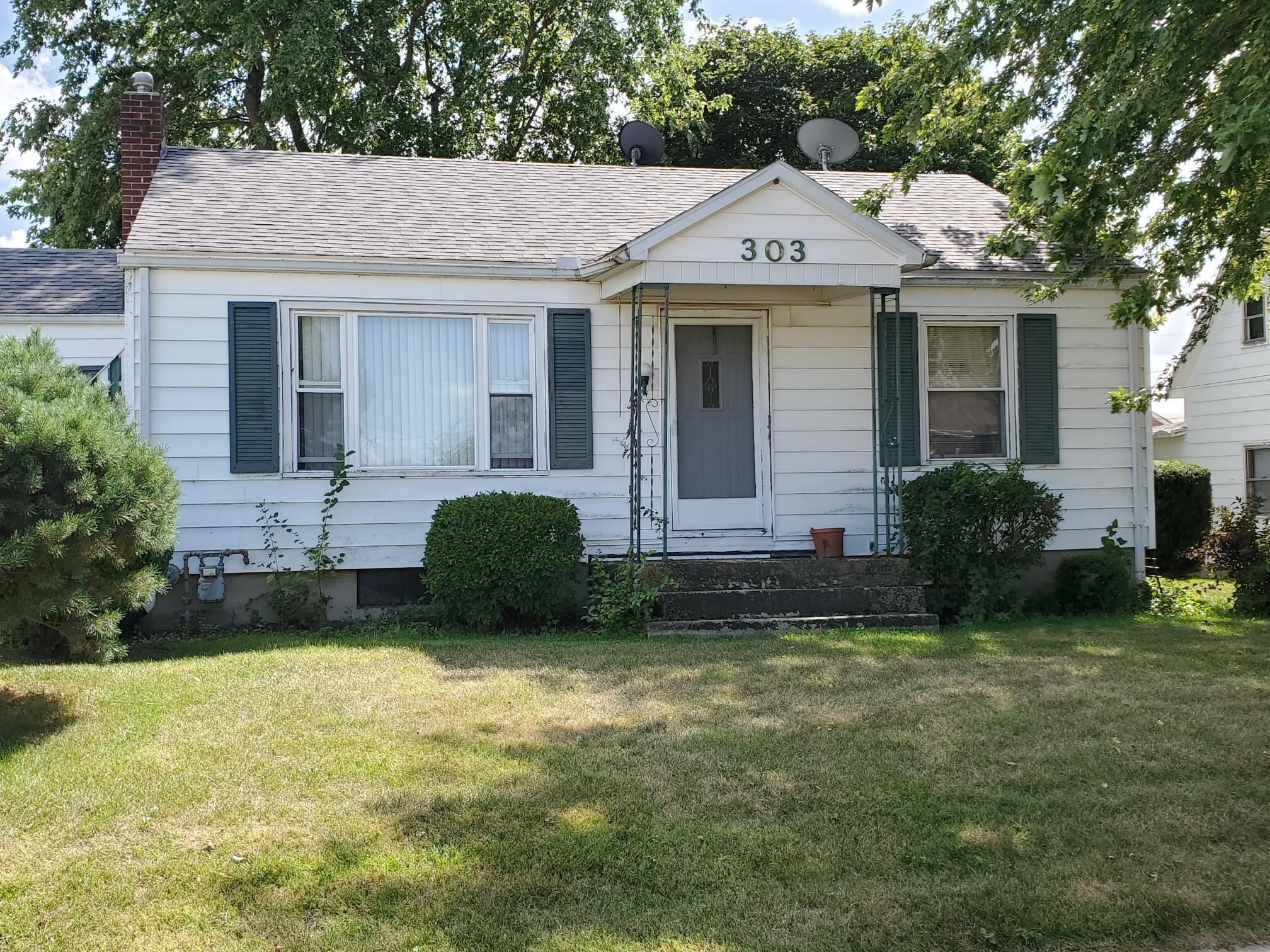 303 W North Street Property Photo