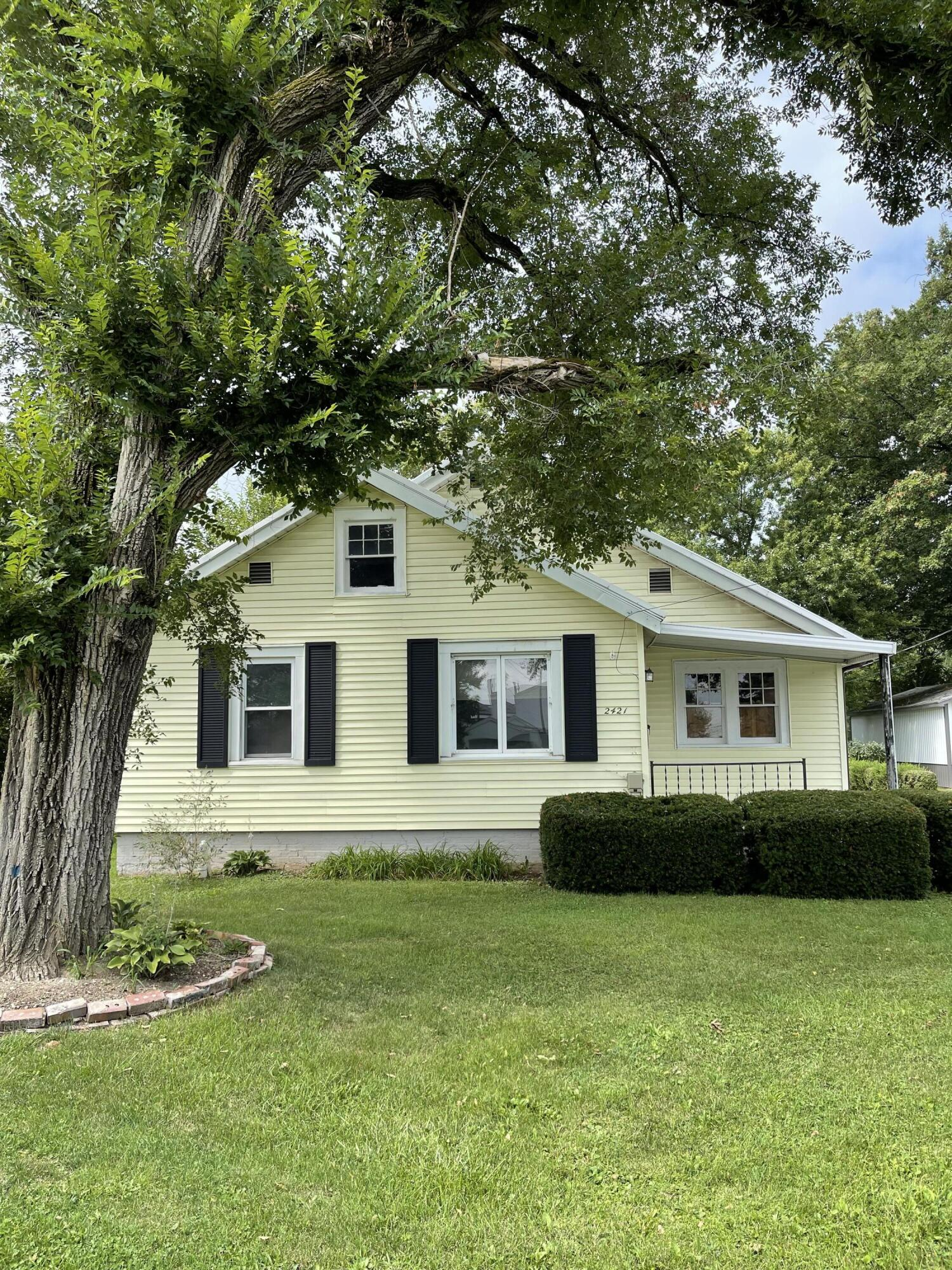 2421 N Mcdonel Street Property Photo
