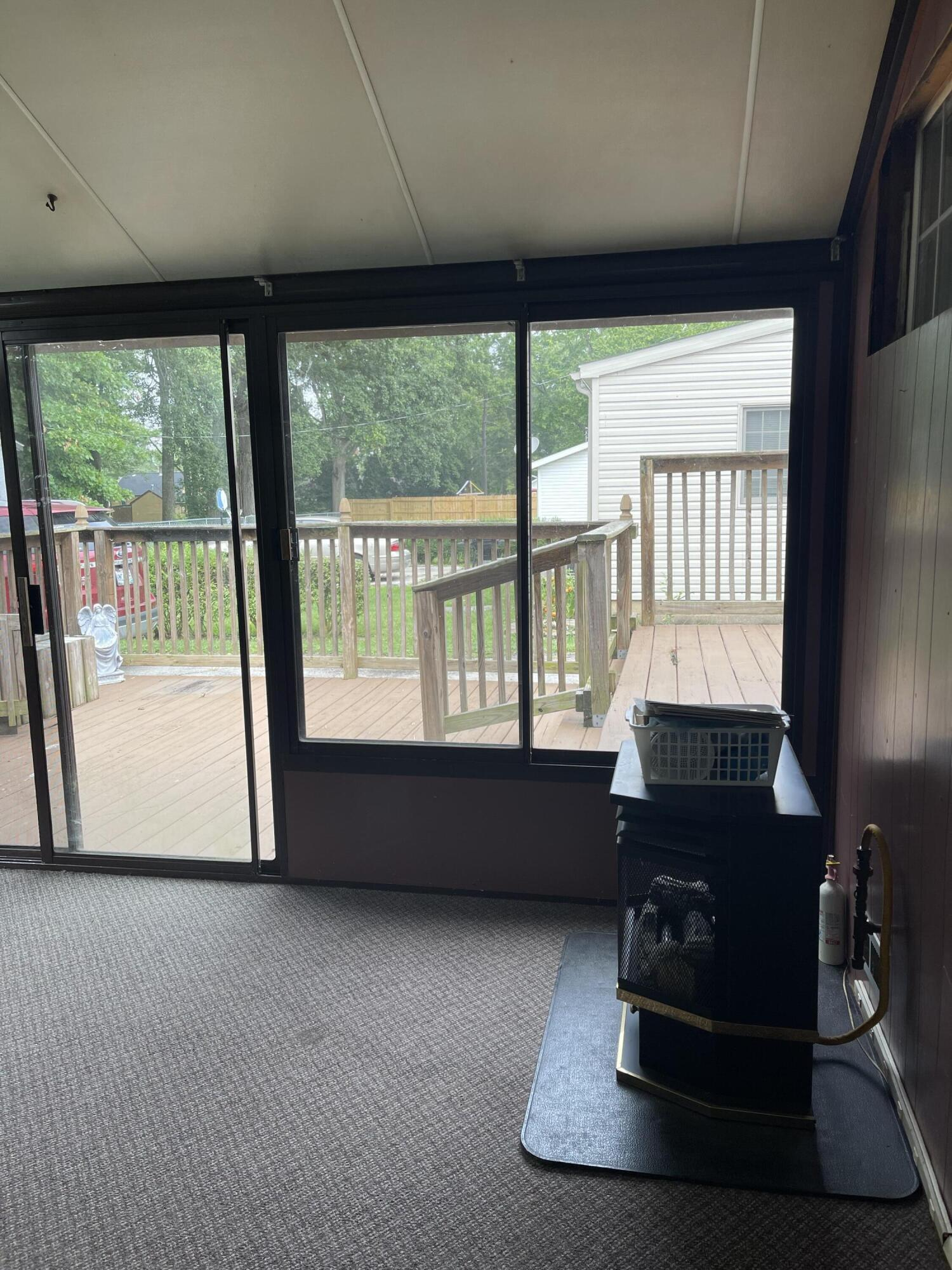 2421 N Mcdonel Street Property Photo 12