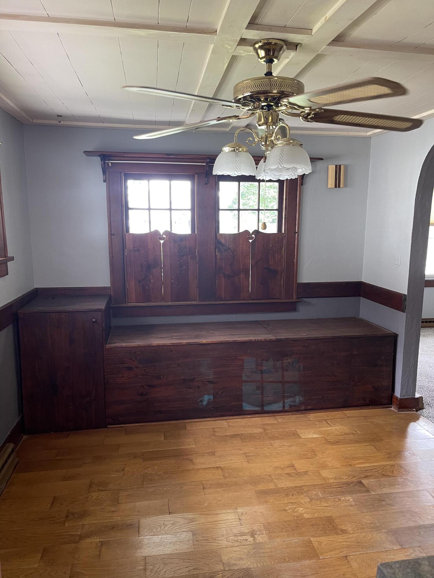 2421 N Mcdonel Street Property Photo 14