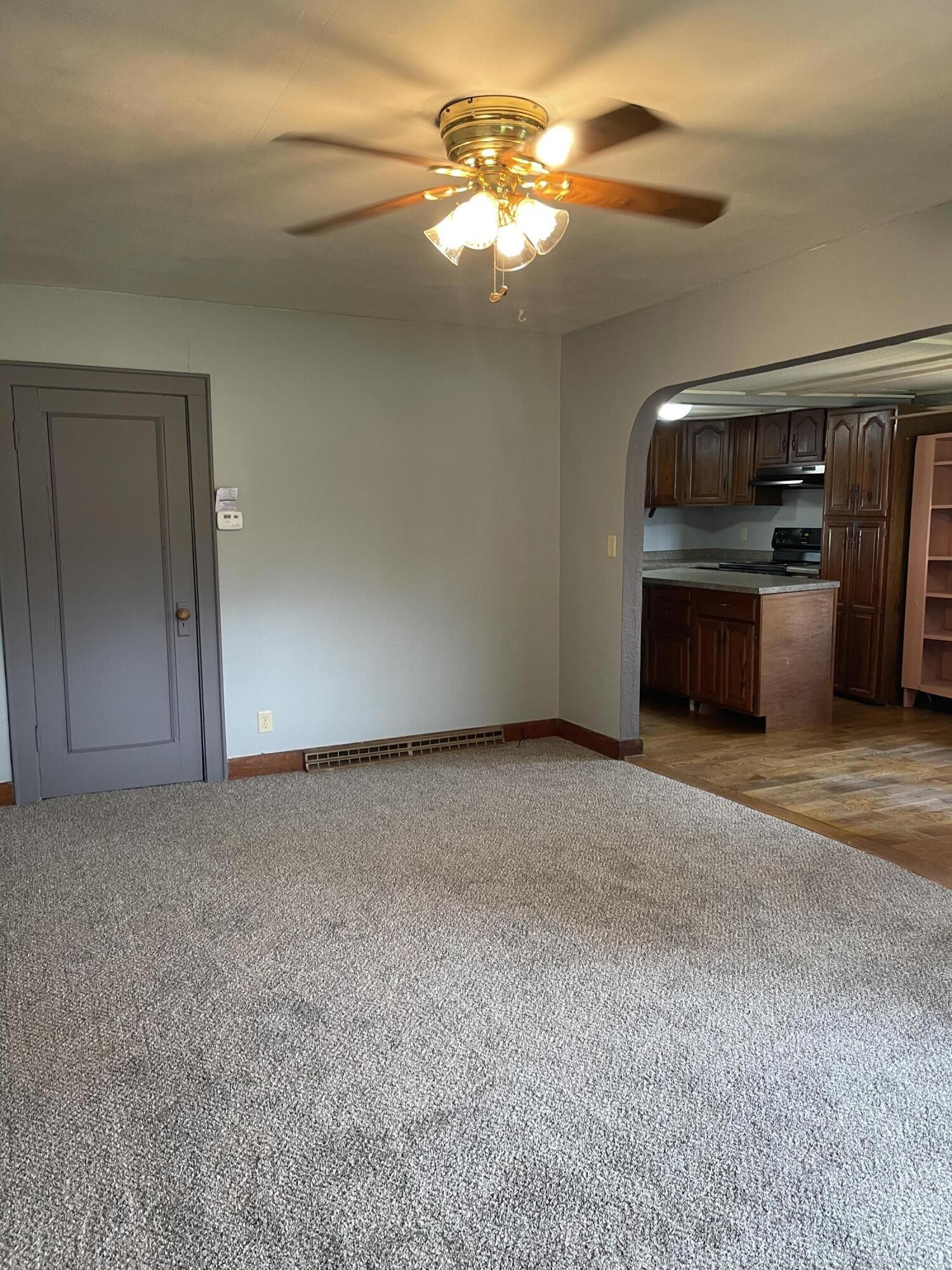 2421 N Mcdonel Street Property Photo 20