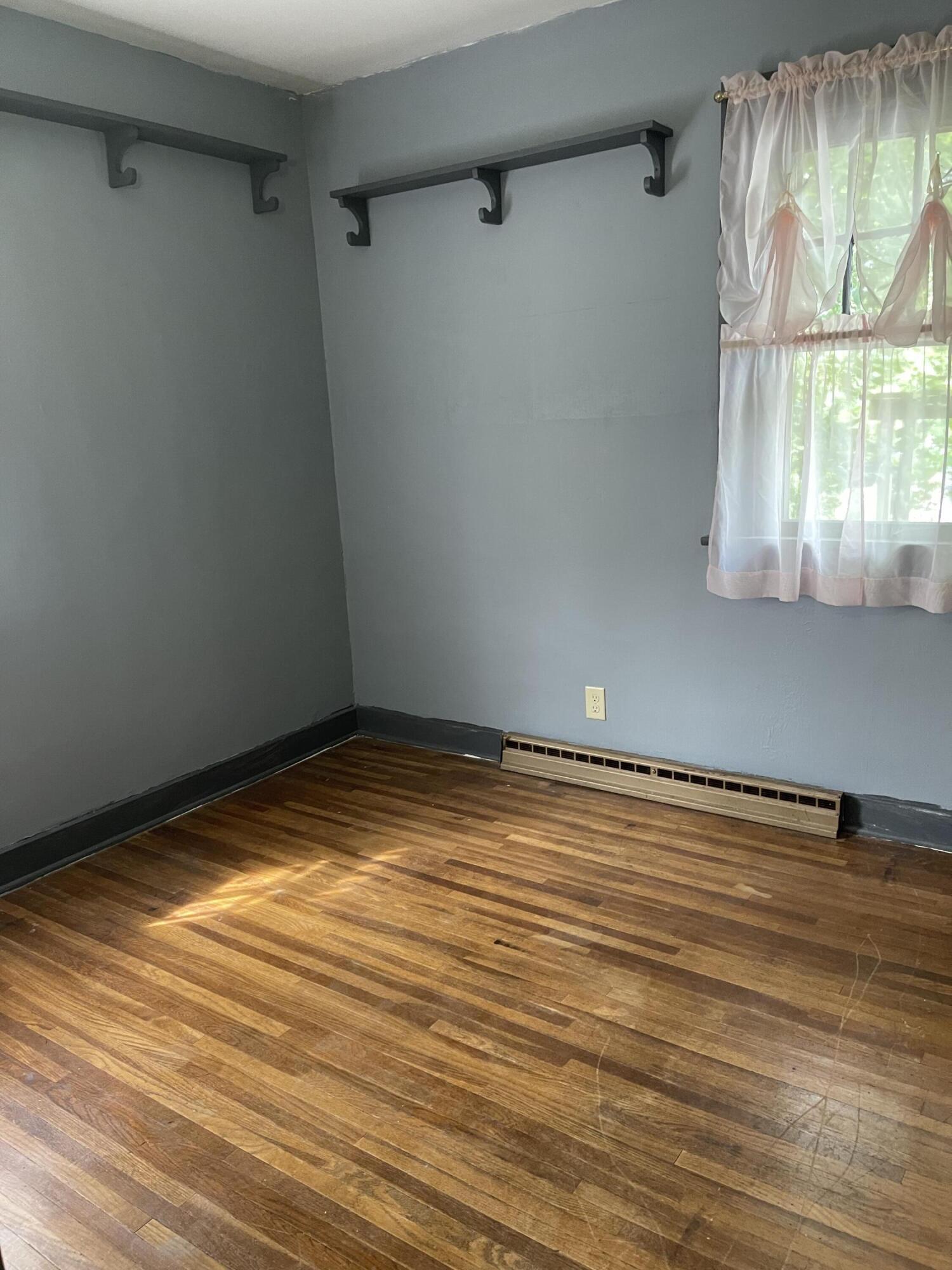 2421 N Mcdonel Street Property Photo 27