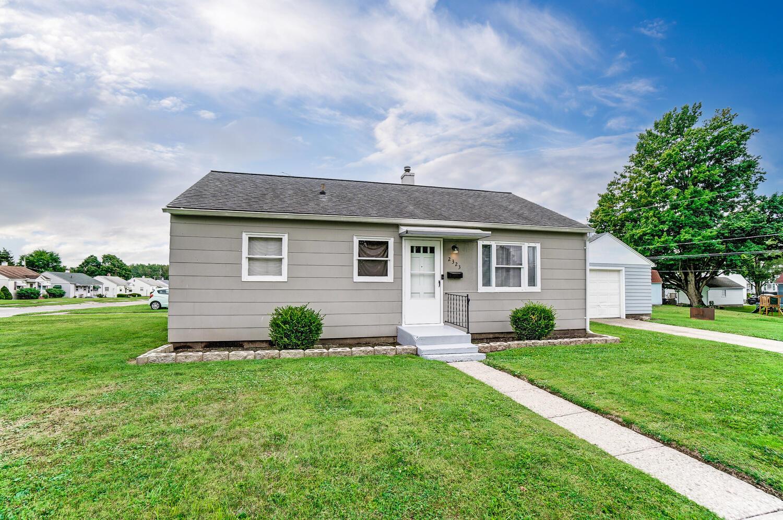 2323 Dellwood Drive Property Photo 1