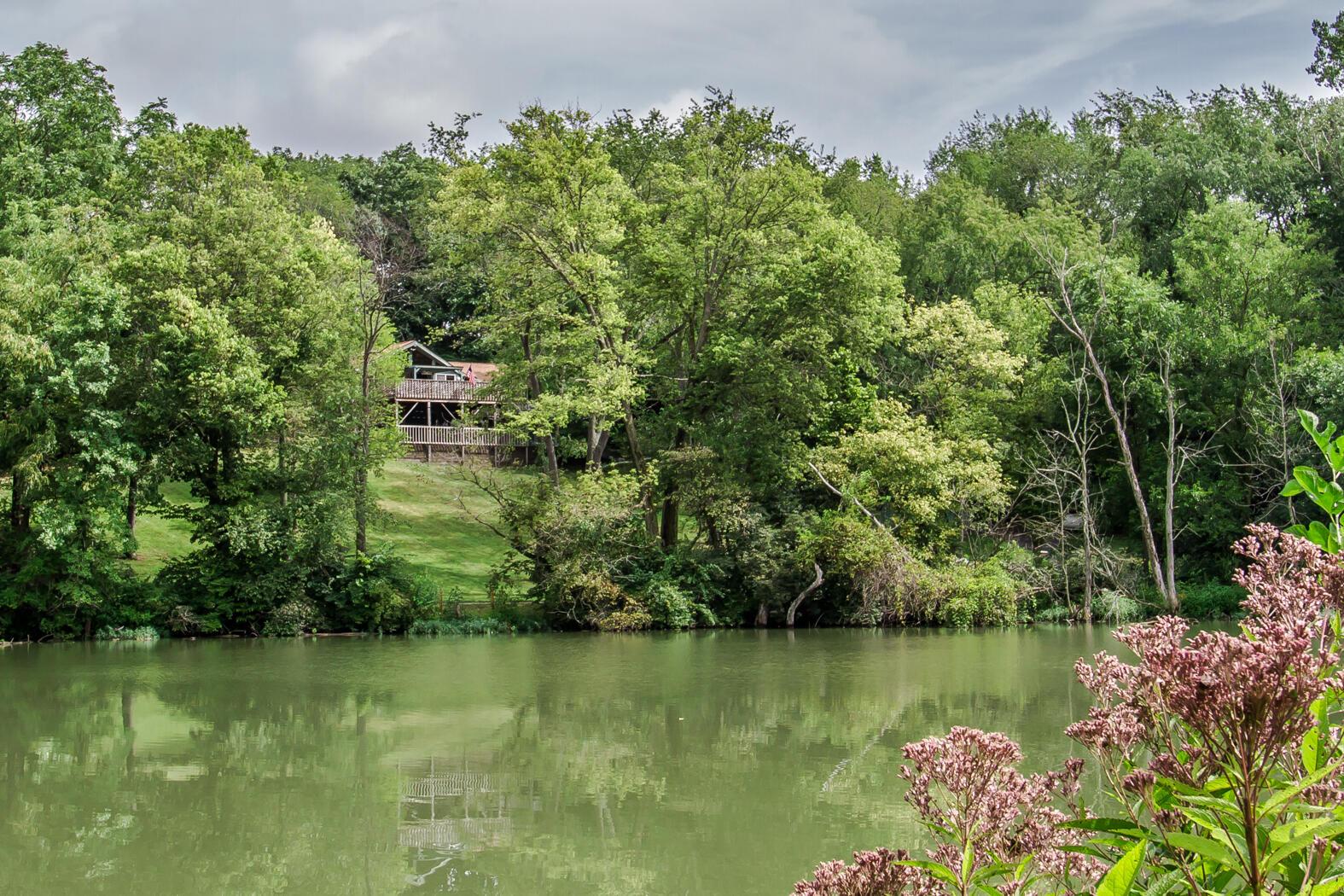 1200 Evergreen Drive Property Photo 1