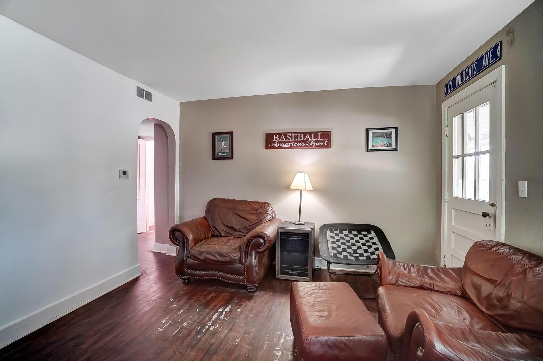 137 Trenton Place Property Photo 35