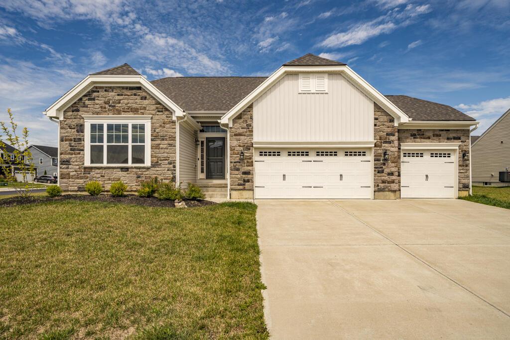 3006 White Ash Drive Property Photo 1