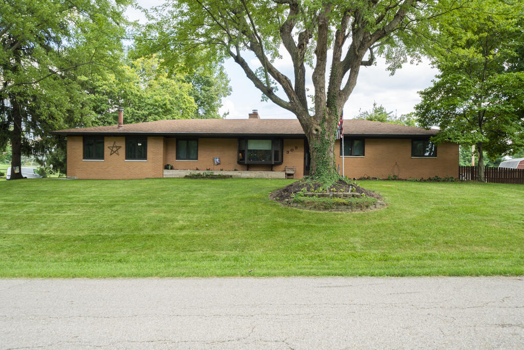 305 Helen Avenue Property Photo 1
