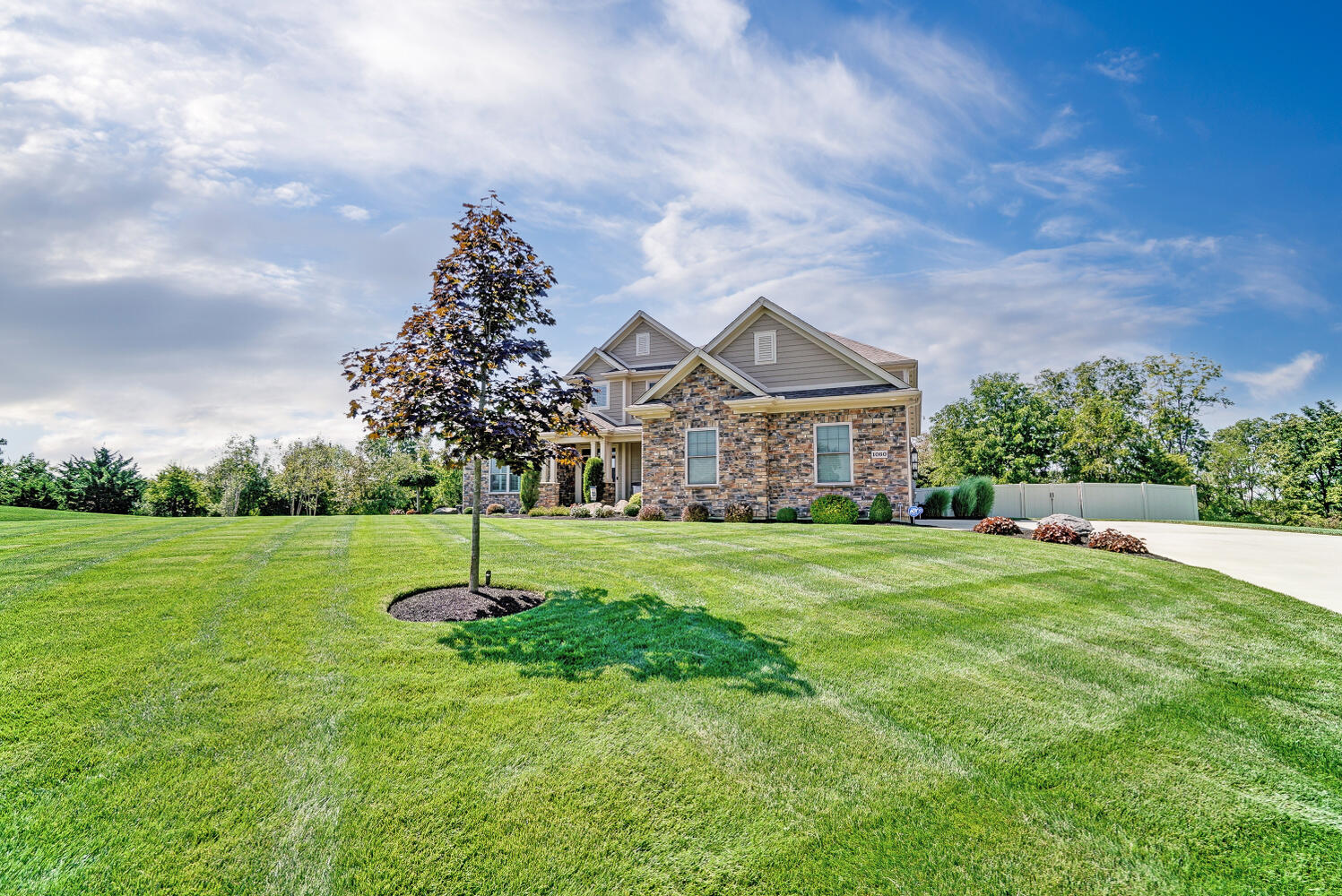 1060 Barrington Drive Property Photo 2