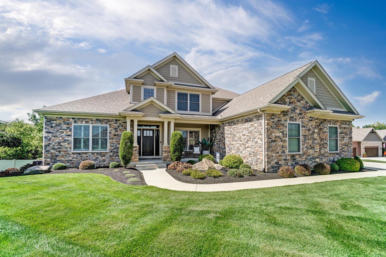 1060 Barrington Drive Property Photo 3