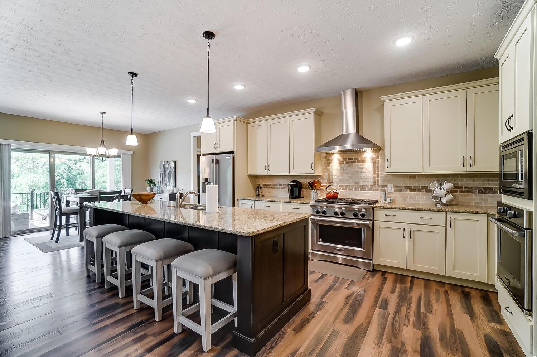 1060 Barrington Drive Property Photo 16
