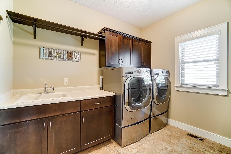 1060 Barrington Drive Property Photo 27