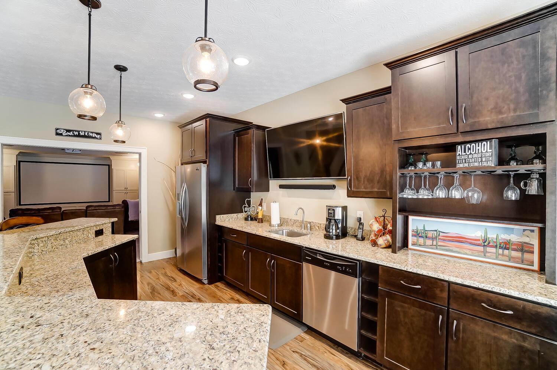 1060 Barrington Drive Property Photo 49