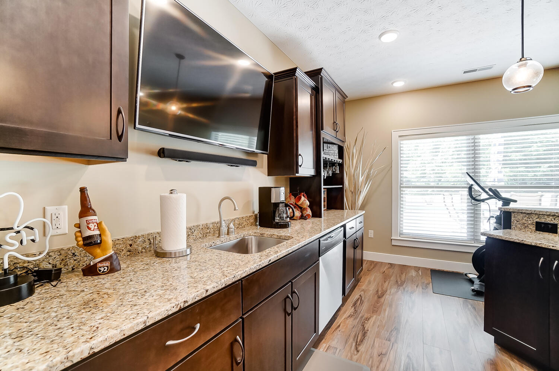 1060 Barrington Drive Property Photo 50