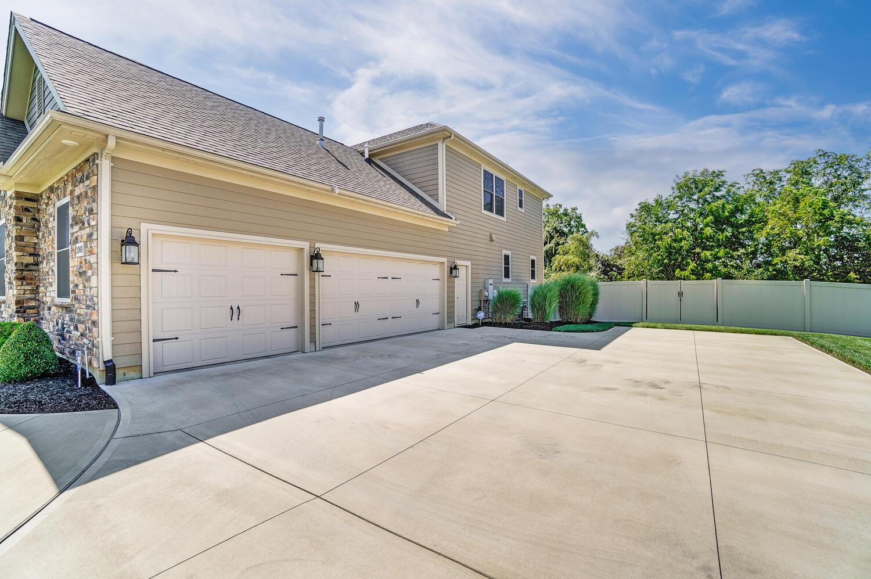 1060 Barrington Drive Property Photo 81