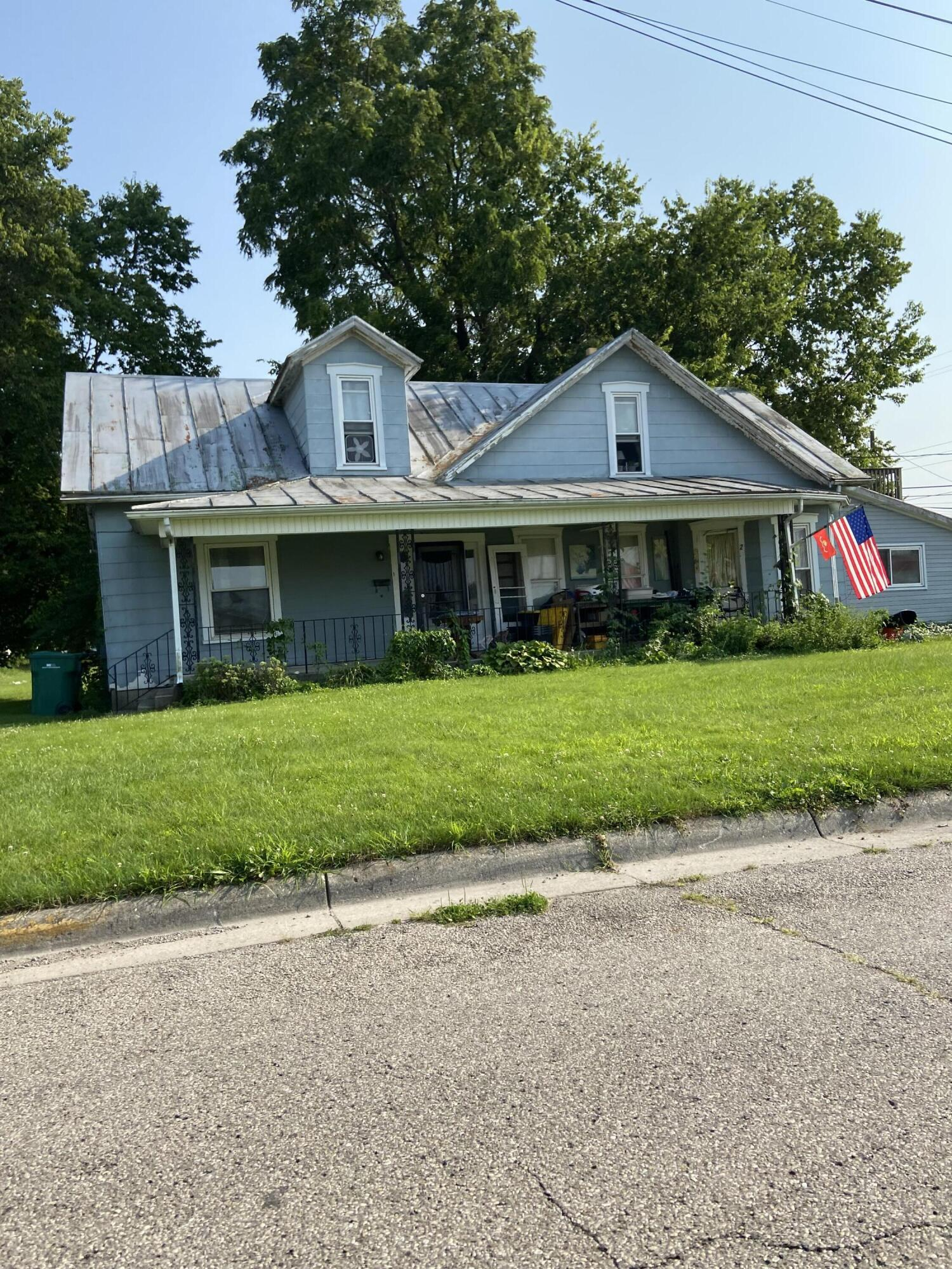 110 E Lincoln Street Property Photo 1