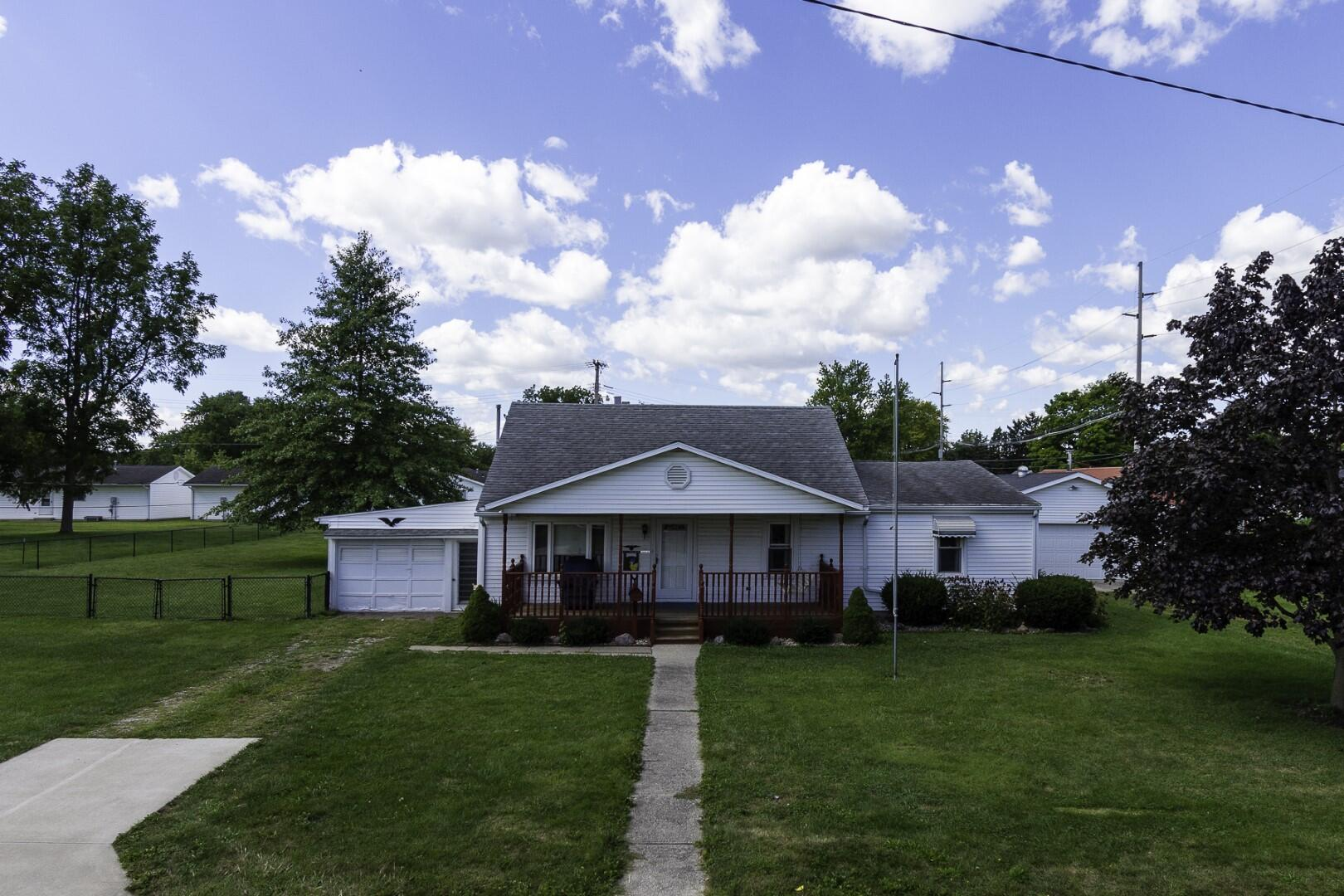 111 S Wagner Avenue Property Photo