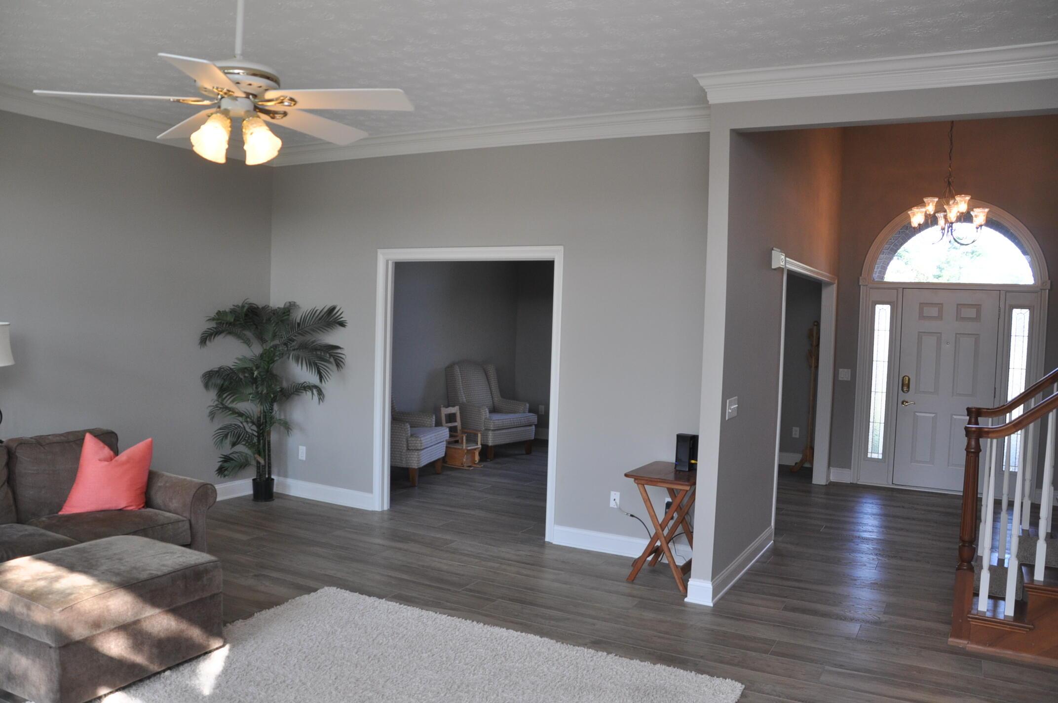 890 Hickory Hill Drive Property Photo 3