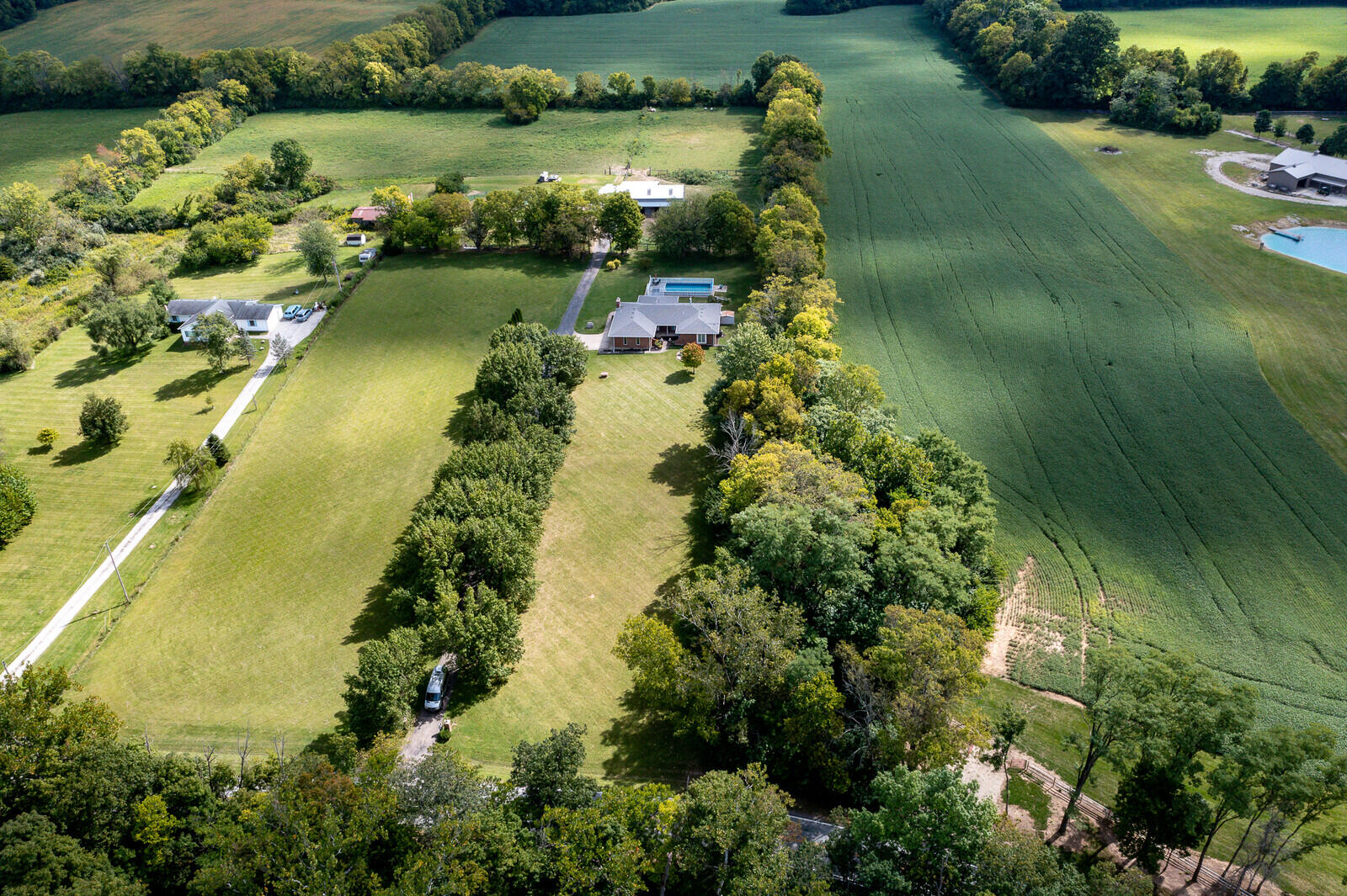 590 S Hampton Road Property Photo 1