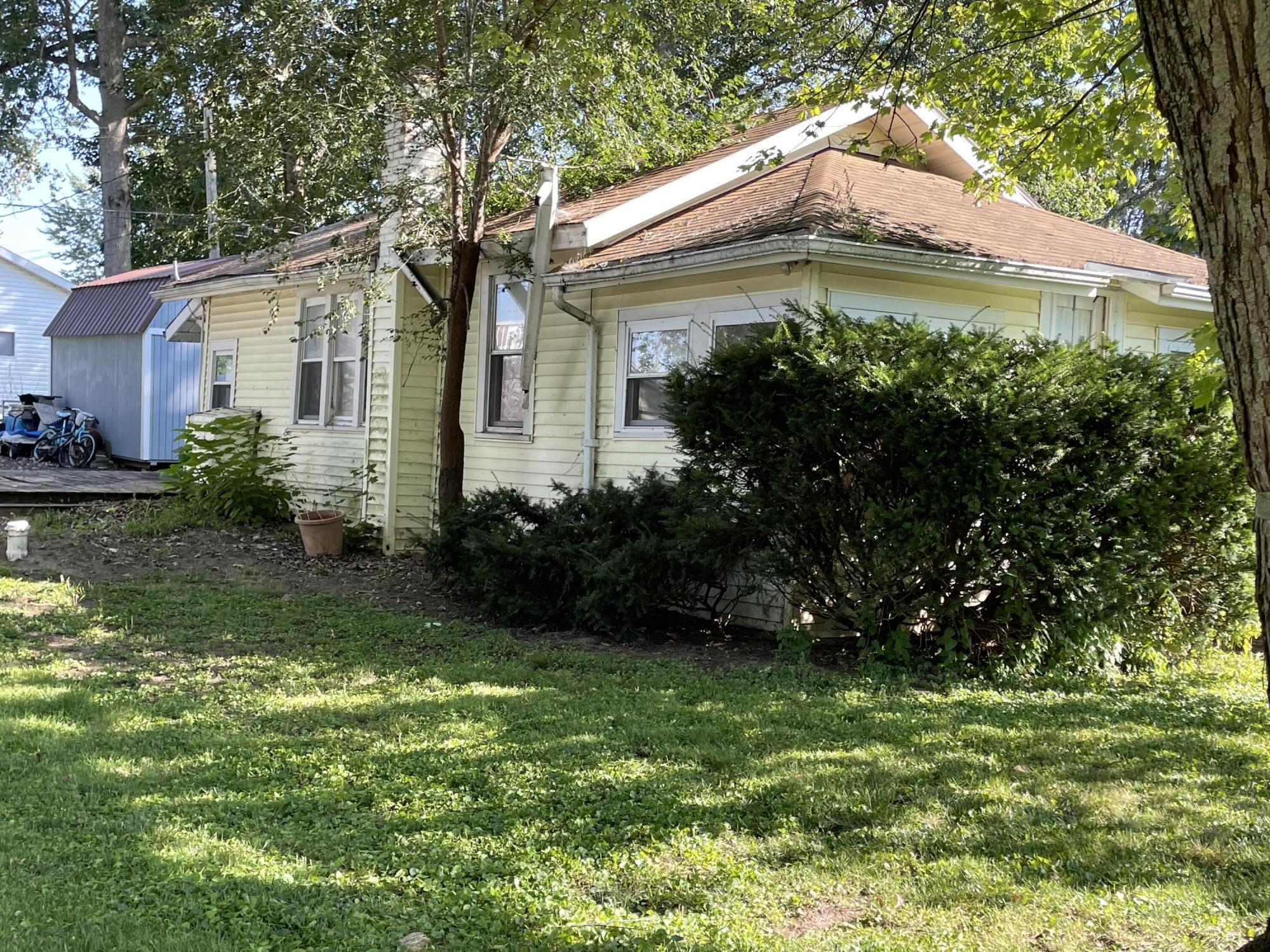 7806 Maple Street Property Photo