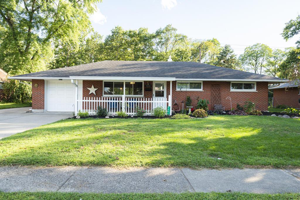 2694 Latonia Avenue Property Photo 1