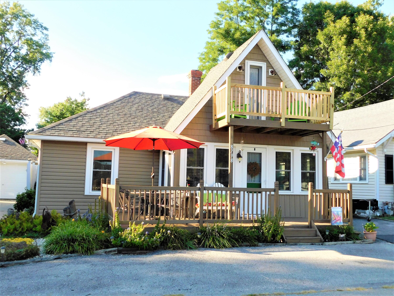 8798 Chautauqua Boulevard Property Photo