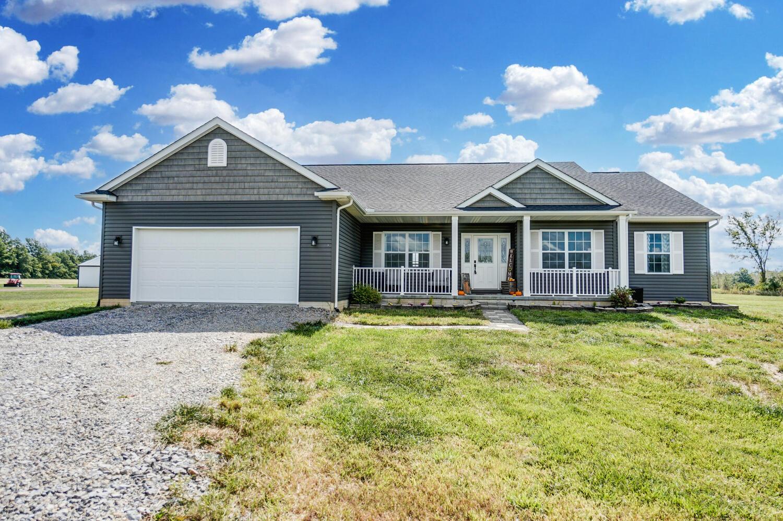 22971 Benton Road Property Photo