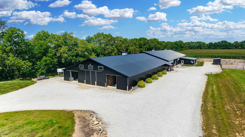 5467 E State Route 41 Property Photo 10