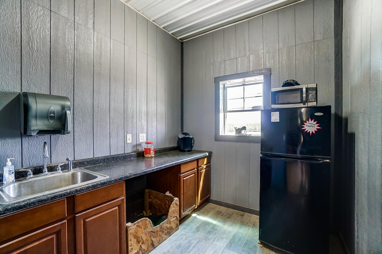 5467 E State Route 41 Property Photo 133