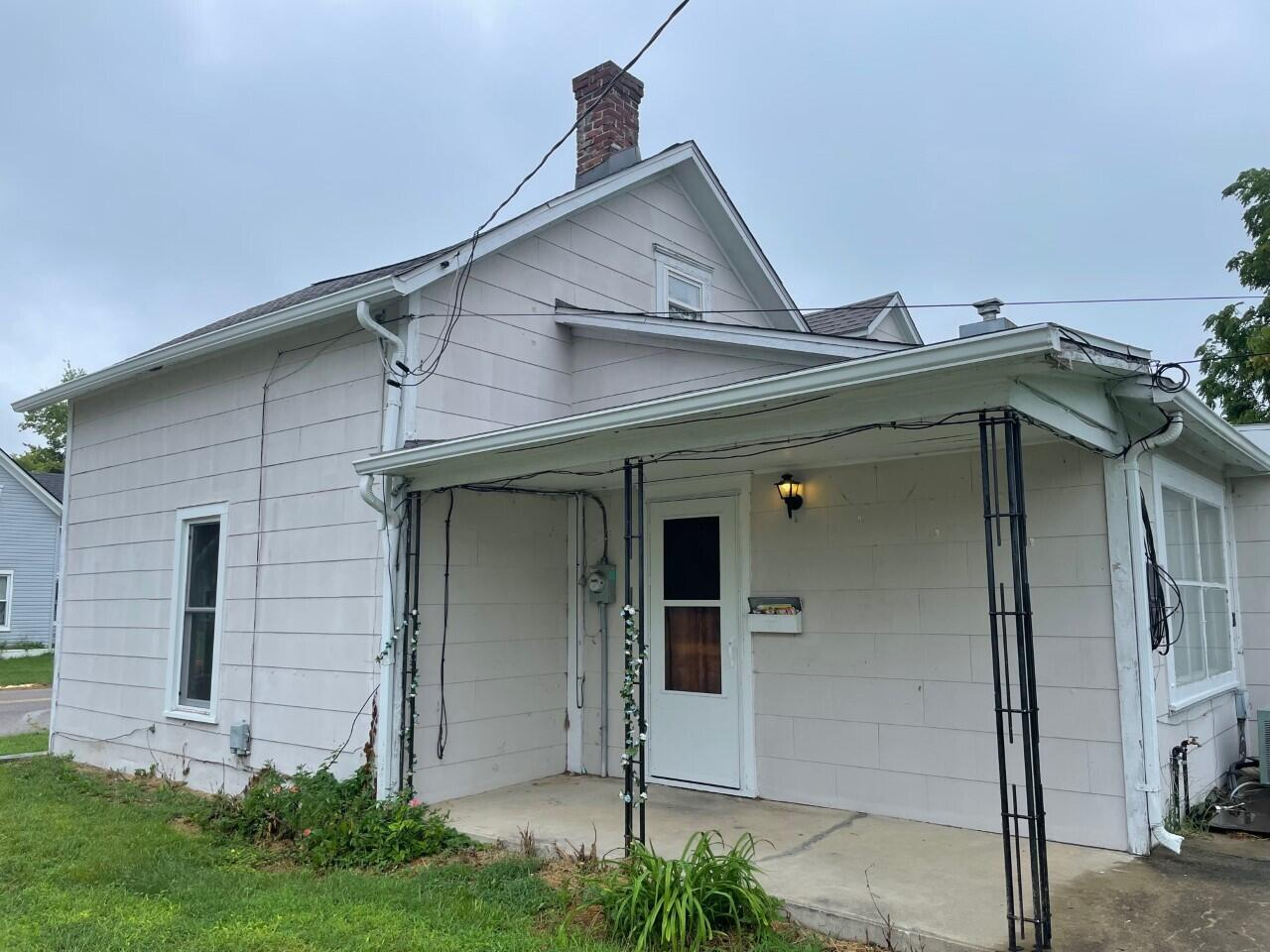 300 N Church Street Property Photo 1
