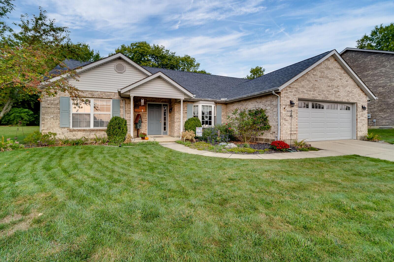 6685 Evergreen Woods Drive Property Photo 1