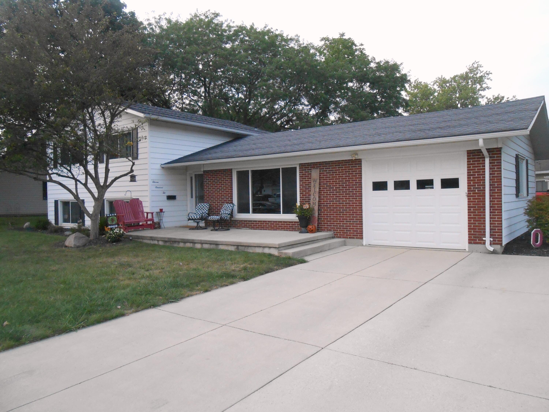 1102 Neil Avenue Property Photo