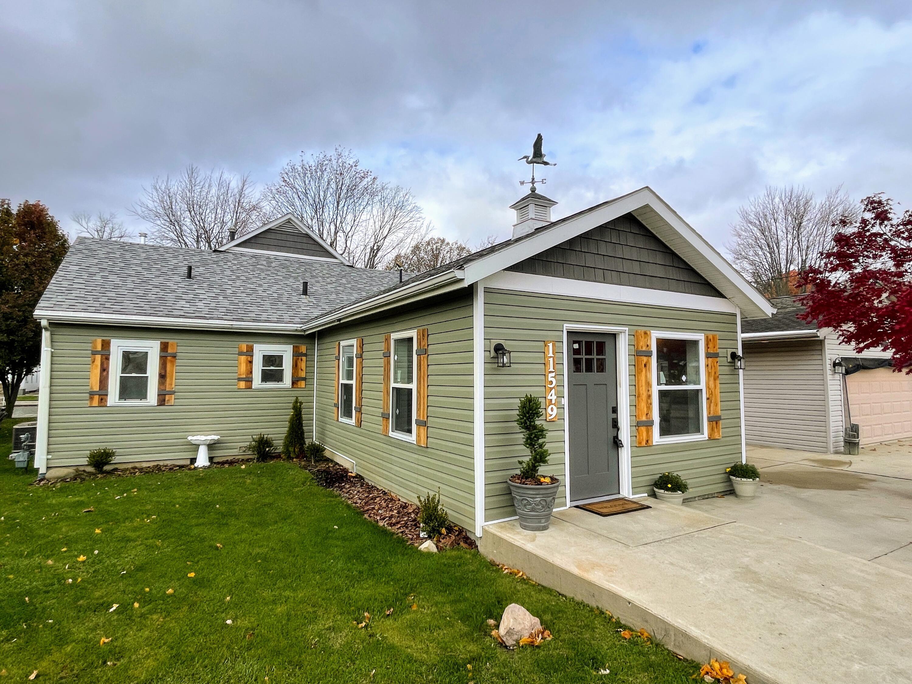 11549 Circle Drive Property Photo