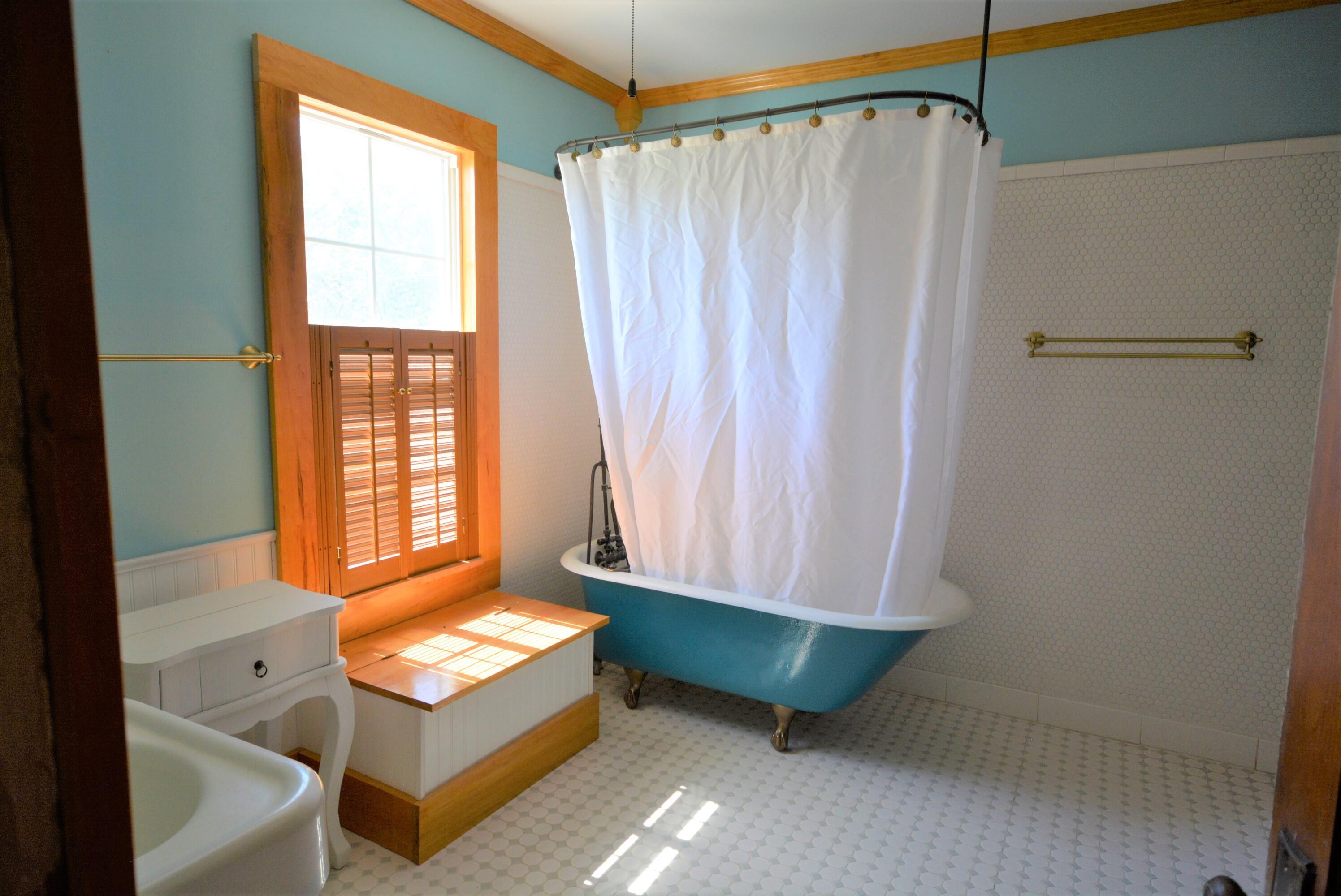 507 W Kibby Street Property Photo 6