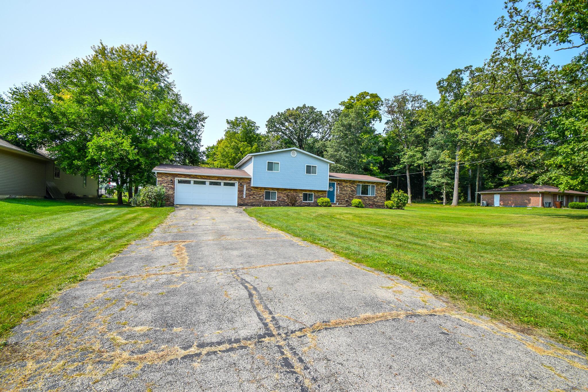 1340 W Choctaw Drive Property Photo 3