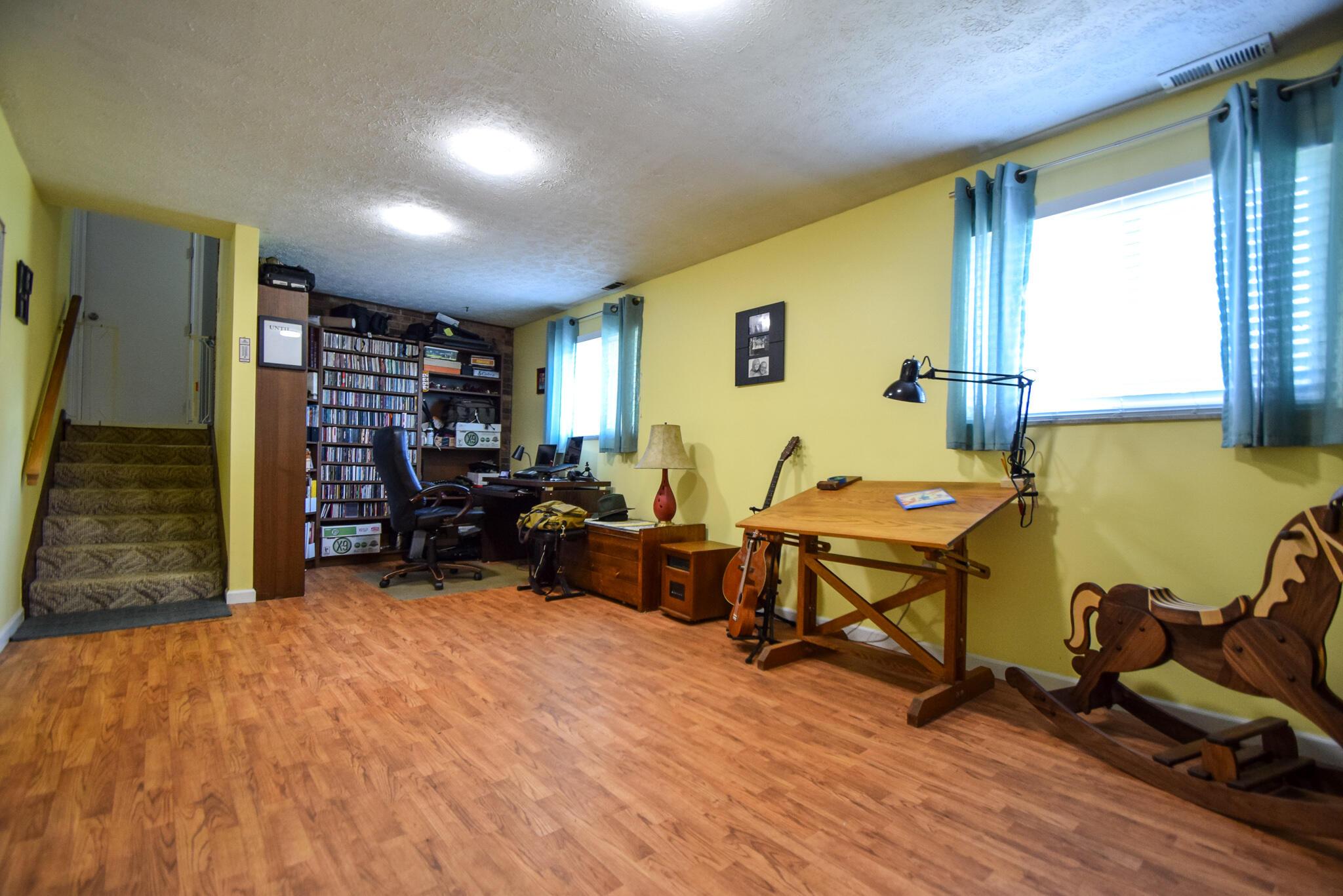 1340 W Choctaw Drive Property Photo 27