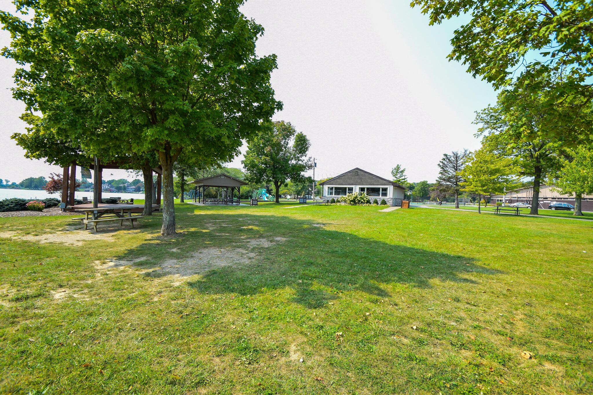 1340 W Choctaw Drive Property Photo 52