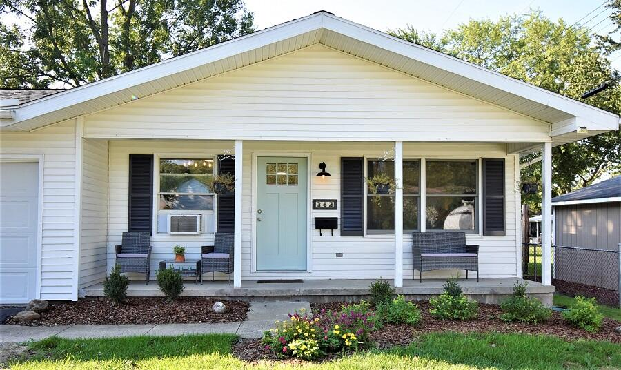 243 Ellis Avenue Property Photo 2