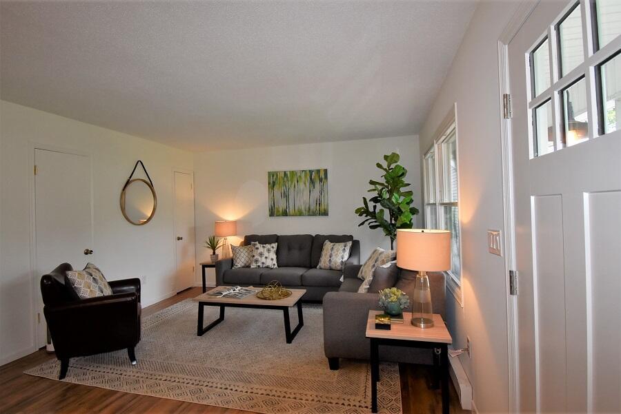 243 Ellis Avenue Property Photo 11