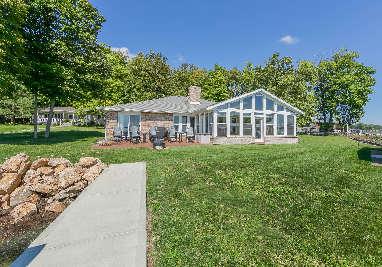 10835 Ash Property Photo